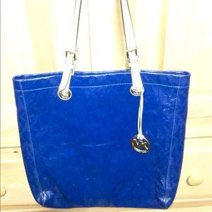 Michael Kors Bags - Michael Kors Tote/Wallet